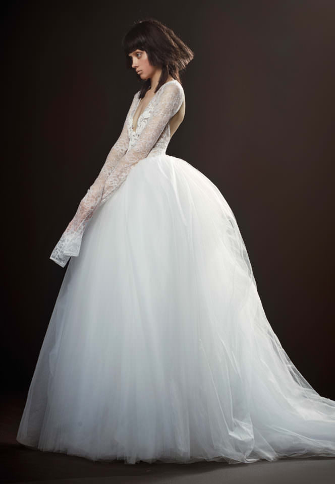 560eaea332b VERA WANG SPRING SUMMER 2018 TRUNK SHOW - Browns Bride