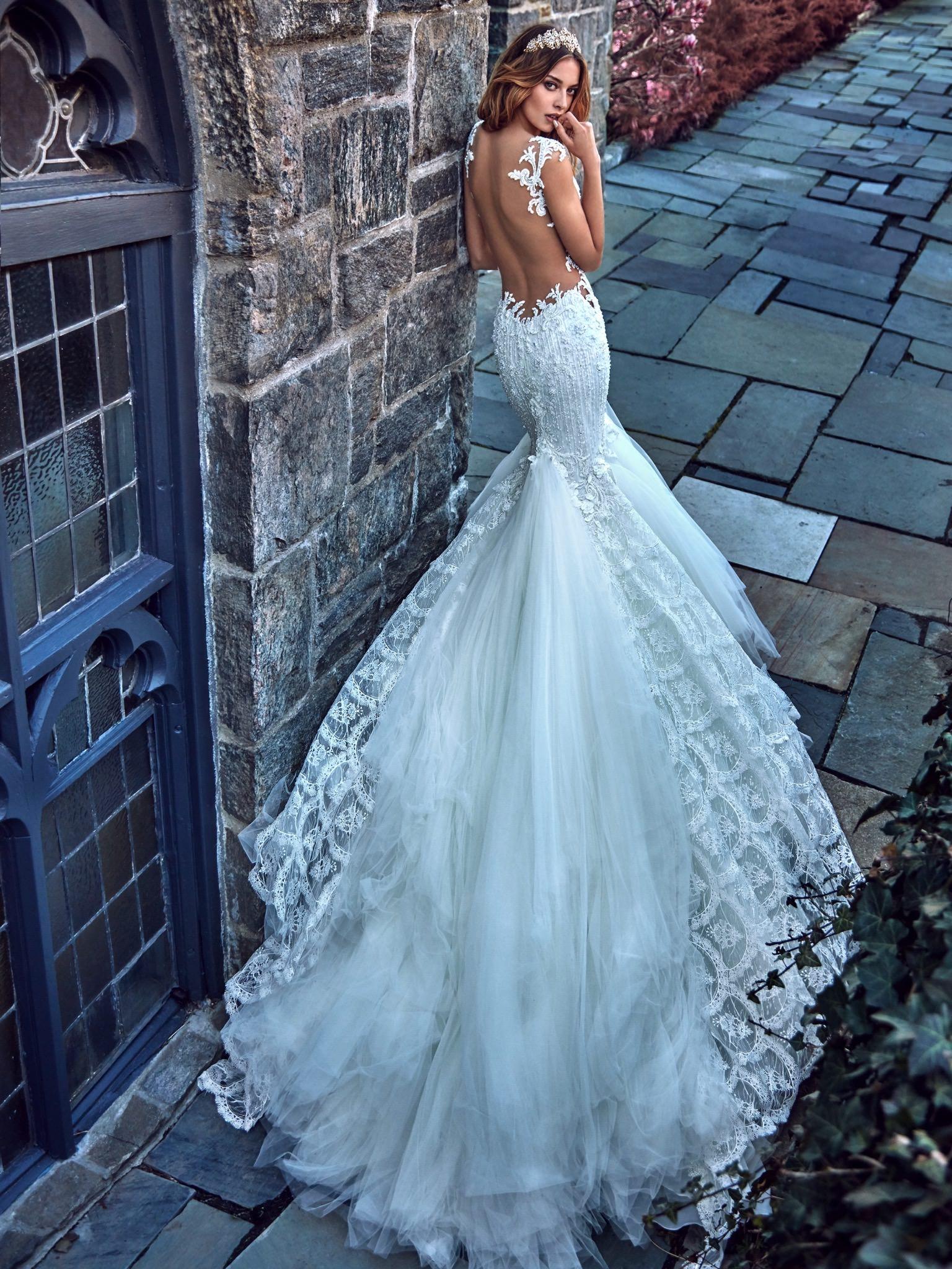 SAMPLE SALE - Browns Bride