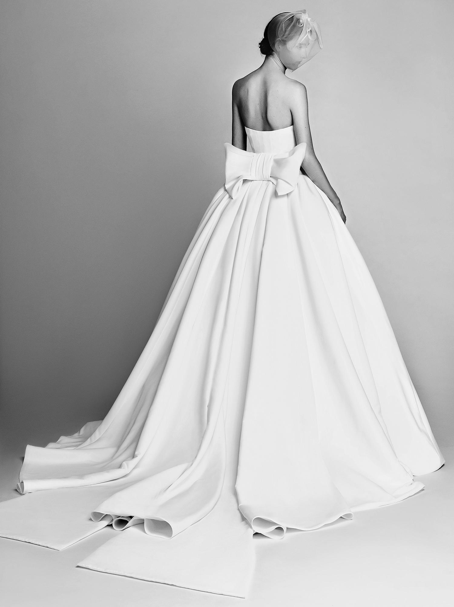 Viktor Amp Rolf Vrm004 Wedding Dress Browns Bride